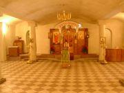 Нижний храм преобразился, сентябрь 2004 г.