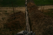 Прокладка дренажных труб, август 2010 г.