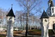 Кресты на главных вратах, октябрь 2010 г.