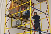Начаты работы по росписи правого придела храма мастерами-иконописцами из Греции, май 2014