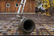 Раскладывающаяся труба-бетоновод с автобетононасоса, октябрь 2014г.
