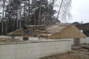 Возведение временной крыши над погребом, ноябрь 2014 г.