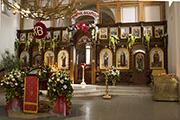 К Пасхе закончен первый этап строительства Царских врат, апрель 2015 г.