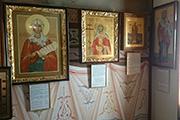 Появились тексты молитв под каждой иконой, апрель 2016 г.