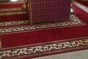 Новые ковры в алтаре, август 2016 г.