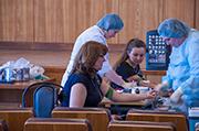 Сдадим кровь для онкобольных детей