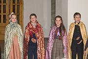 Наступает время правления четырёх королей Нарнии — Питера Великолепного, Сьюзен Великодушной, Люси Отважной и Эдмунда Справедливого.