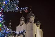 Ростовский кремль. Купола Успенского собора.