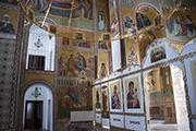 Внутри Никольского храма уже закончена роспись.