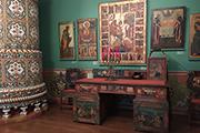 И.Глазунов спас и сохранил уникальный стол с рисунками И.Билибина.