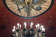 Глазунов — собирает всю жизнь, сберегая историю от забвения и уничтожения, спасая веру в годы неверия.